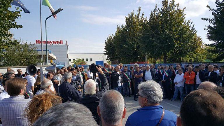 Nell'Abruzzo del Pd la Honeywell licenzia e se ne va
