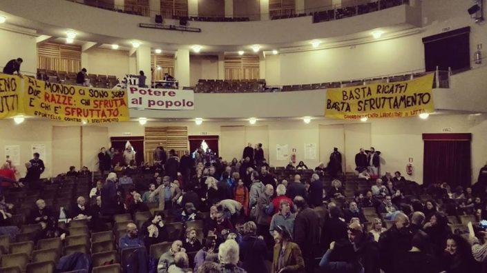 """Sinistra antiliberista, com'è andata l'assemblea dei """"pazzi"""" a Roma"""