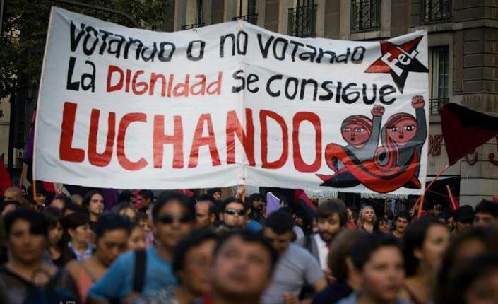 Cile, una democrazia debole verso le elezioni