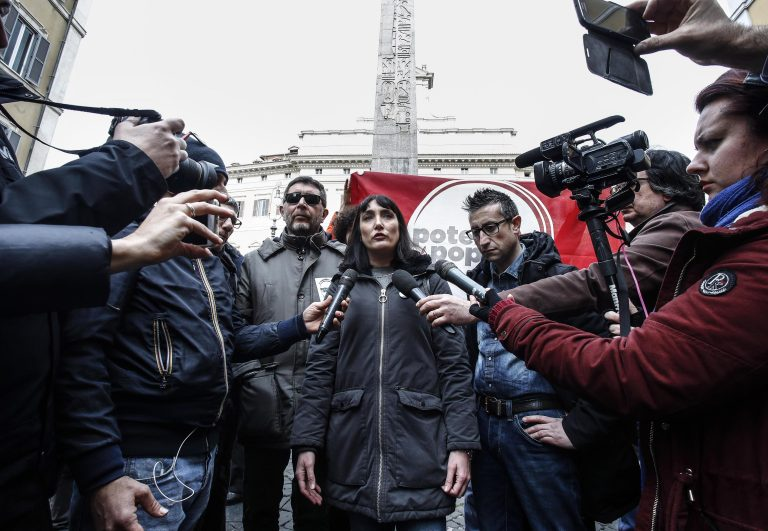 Perugia, accoltellati due militanti di Potere al Popolo