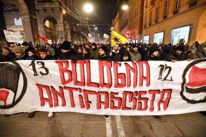 Bologna, la verità su una bellissima giornata di antifascismo