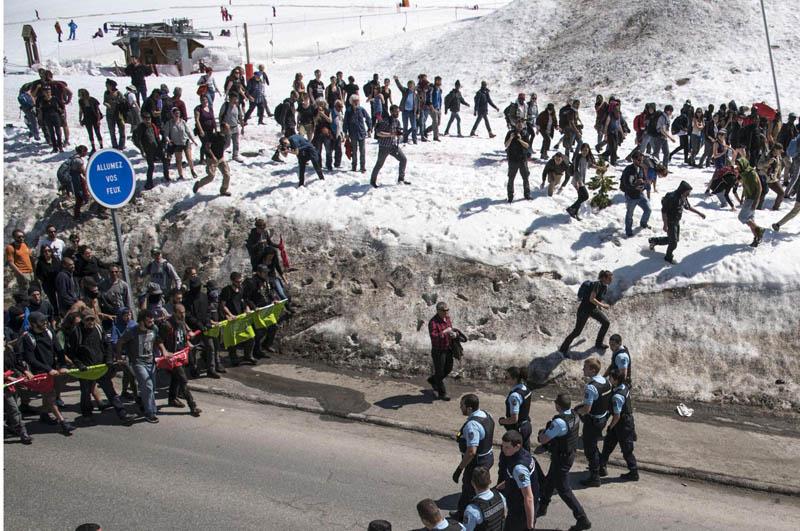 Monginevro, No Tav e antirazzisti riaprono la frontiera