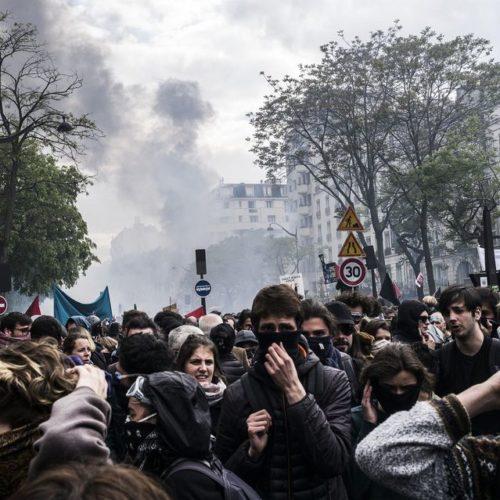 Primo maggio: scontri a Parigi, Melenchon si dissocia