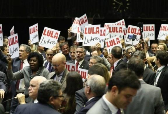 Brasile, Lula ineleggibile. Bolsonaro in testa