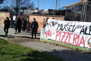 Roma, il mammut che lotta contro la pizzeria nel Parco