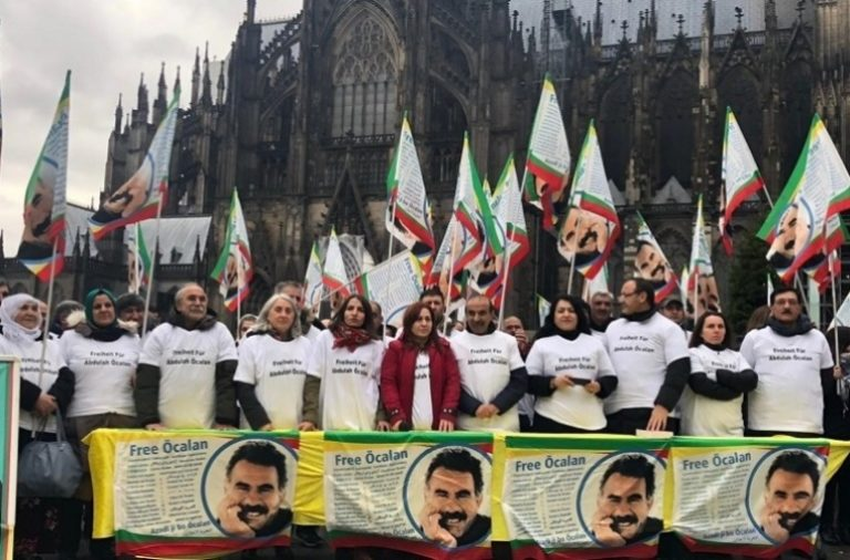Ocalan e i curdi disturbano il commercio italiano di armi?
