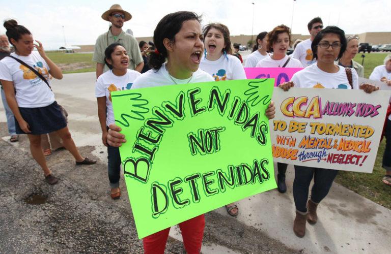 Usa, Bnp finanzia la prigione privata per migranti