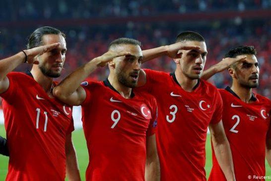 Il St.Pauli licenzia il giocatore turco che tifa per la guerra di Erdogan