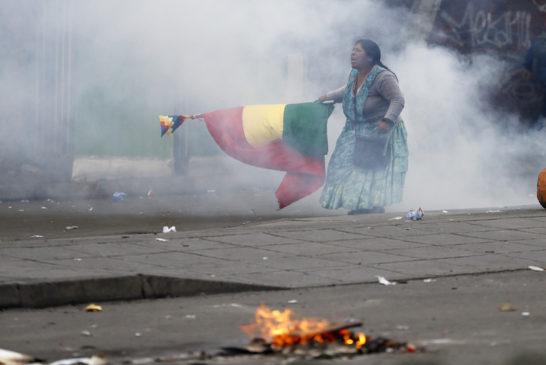 Morales come Allende. Sfidare l'oligarchia senza disarmare i militari