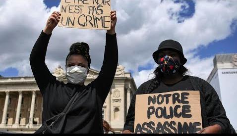 Francia, perché la polizia è razzista