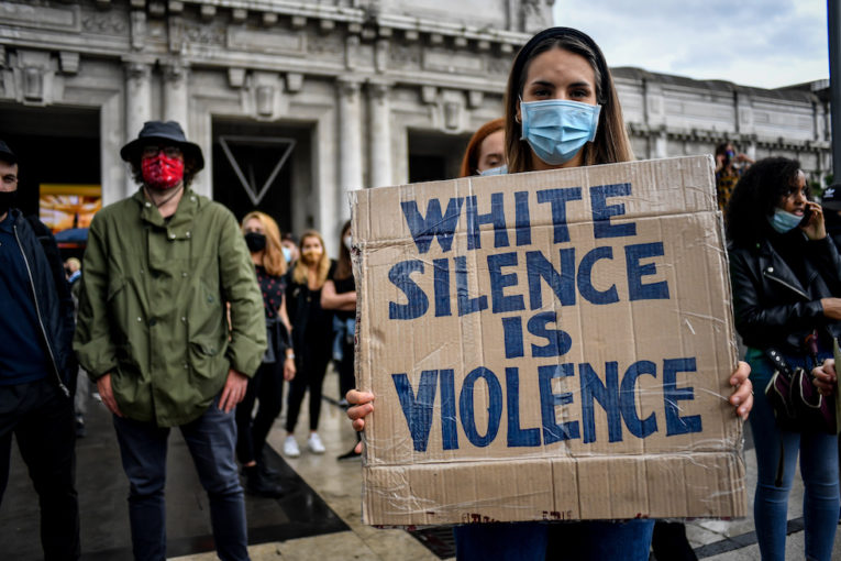 Black lives matter, arriva la vendetta della polizia italiana
