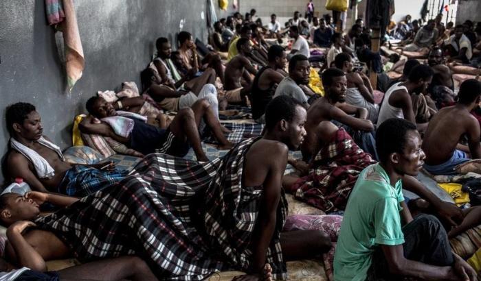 Migranti: la giustizia italiana riconosce la tortura nelle carceri libiche