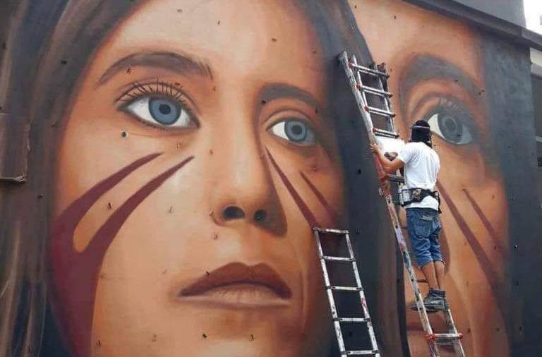 Ilaria Cucchi: «Colonnello, lei fa tendenza»
