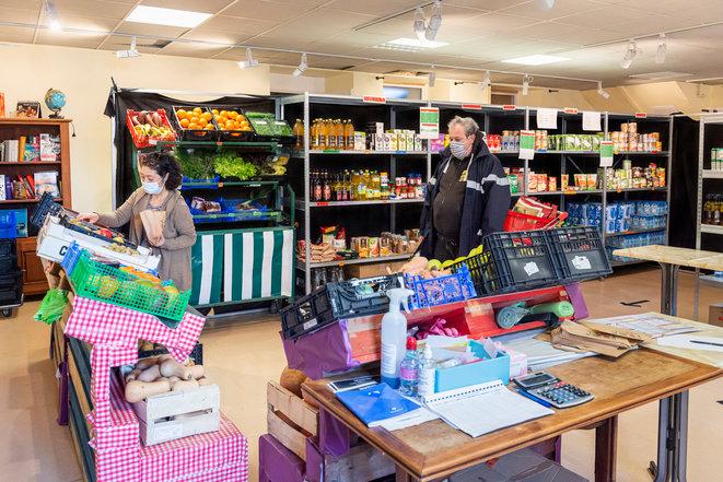 Aiuti alimentari: pacchi, ticket o spesa solidale?