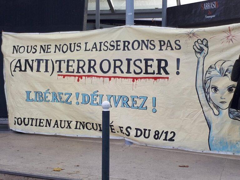 "Francia, Macron criminalizza l'""ultra-sinistra"""
