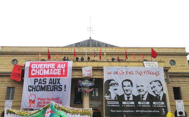 Macron fa la guerra ai disoccupati