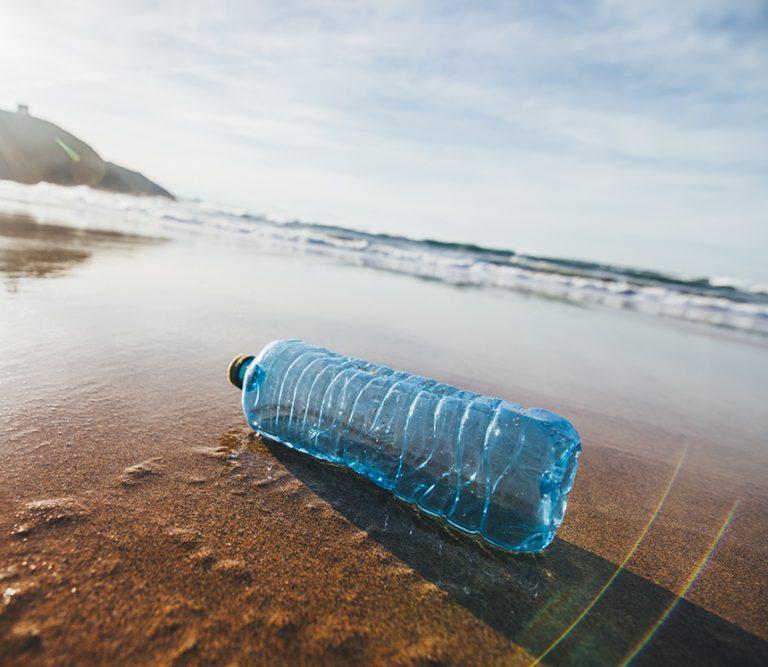 Nestlé, Danone e Coca Cola: greenwashing con vendetta
